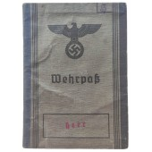 The Wehrpass issued to a WW1 veteran who fought in the Eastern Front in 1915-1918