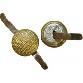 3rd Reich 12 mm Luftwaffe, Wehrmacht Generals or NSDAP gold plated brass button with prongs for visor hat .