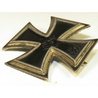 Iron cross 1939 first class by Wilhelm Deumer, L/11. Espenlaub militaria