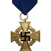 40-Year Faithful Service Cross. Treudienst-Ehrenzeichen