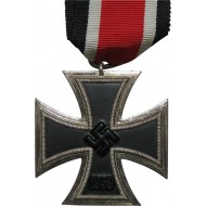 Unmarked fine example Iron cross II Klasse 1939