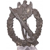 Infantry assault badge. Zinc unmarked, good condition