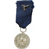 4 year of faithful service in the Wehrmacht medal, Luftwaffe version.