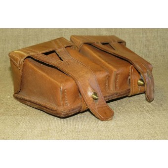 Soviet Russian reparation DDR made leather ammo pouch for Mosin-Nagant. Espenlaub militaria
