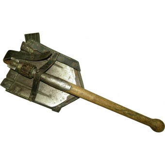 WW2 entrenching tool with cover. Marked dag 1941. Espenlaub militaria