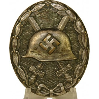 Early Silver class wound badge-Verwundetenabzeichen in Silber, 30 marked.. Espenlaub militaria