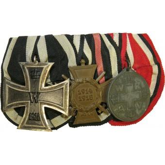 WW1 combat medal bar. EK II-1914, Hindenburg cross and Red Cross medal. Espenlaub militaria