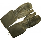 Leather protective gloves for armored troops member. RKKA.