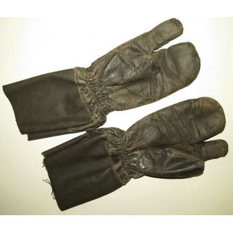Leather protective gloves for armored troops member. RKKA.. Espenlaub militaria