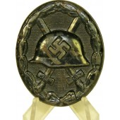 """W.Hobacher, """"32"""" marked wound badge in black"""