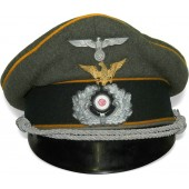 "Wehrmacht Cavalry visor hat with traditional eagle ""Schwedter Adler"""