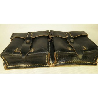Black leather ammo pouch for G 43 Walther rifle. Espenlaub militaria