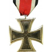 Iron cross 1939 EK II, made by Ferdinand Hoffstatter,
