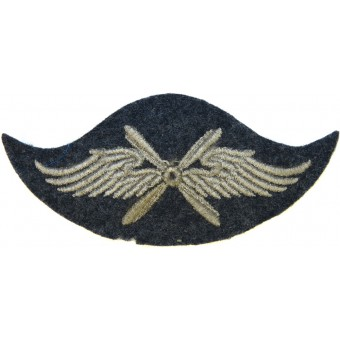 Luftwaffe arm trade insignia for flying personnel.