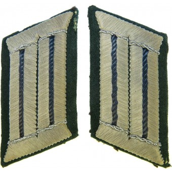 Early Wehrmacht collar tabs for medical personal. Espenlaub militaria