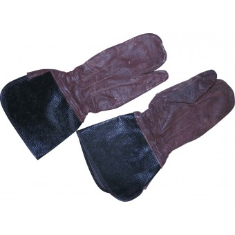 RKKA Dispatch riders or motorcyclist brown leather gloves. Espenlaub militaria