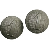 """Wehrmacht shoulder straps buttons with company number """"1"""""""