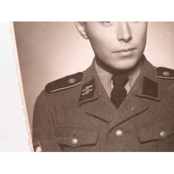 Photo of a Latvian SS volunteer from the 15th or 19th division. Espenlaub militaria