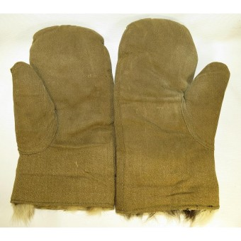 RKKA Soviet war time issue cold weather fur lined  mittens. Espenlaub militaria