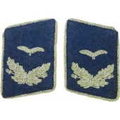 Luftwaffe blue medical collar tabs for the rank of Assistenzarzt