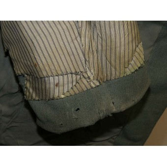 Wehrmacht Artillery officer's tunic in ran Oberleutnant
