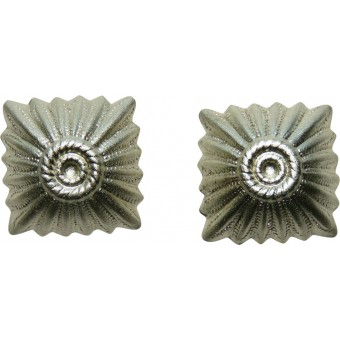 13 mm silver rank pip for Wehrmacht or Waffen SS NCO's shoulder straps