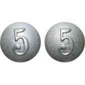 "Wehrmacht Heer early buttons for shoulder straps  with company number ""5"""