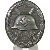 Unmarked wound badge in black 1939, blued variant