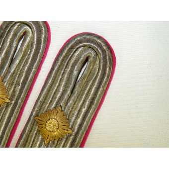 Kriegsmarine Kapitan-Lieutenant shoulder boards for officials in headquarters. Espenlaub militaria