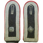 Luftwaffe Flak artillerie shoulderstraps in rank of Oberfeldwebel for Fliegerbluse