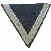 Luftwaffe rank sleeve winkel - Gefreitor. Mint, never applied