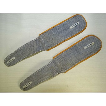 Luftwaffe shoulder straps for shirt, Flying crew or Fallschirmjager units.. Espenlaub militaria
