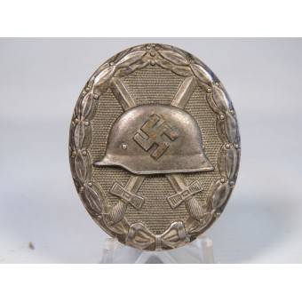 Silver wound badge 1939 in the box of issue. Espenlaub militaria