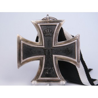 Iron cross 2nd class 1914 with an unknown manufacturers mark on the ring. Espenlaub militaria