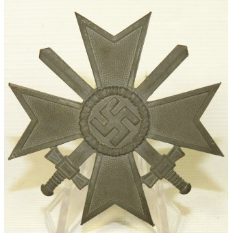 KVK1, 1939 War Merit Cross with swards  with a box, marked 4. Espenlaub militaria