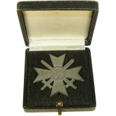 "KVK1, 1939 War Merit Cross with swards  with a box, marked ""4"""