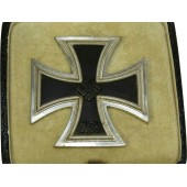 "Iron Cross First Class 1939 with presentation Case, marked ""100""."
