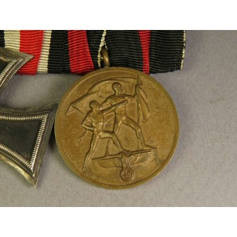 Iron Cross second class 1939 by W. Deumer in Ludenscheid and Sudetenland Medal medal bar. Espenlaub militaria