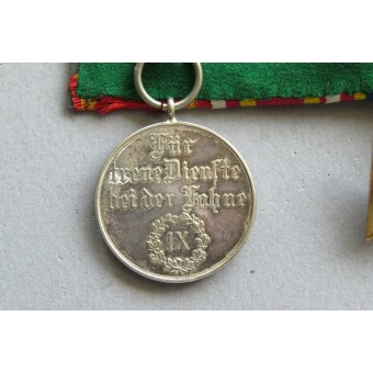 Medals  bar belonged to the Police serviceman, WW1 and WW2. Espenlaub militaria