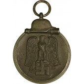 Winterschlacht in Osten 1941/42 year medal. Late war issue