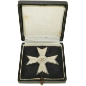 "Kriegsverdienstkreuz/War merit cross 1 class without swords ""4"", boxed."