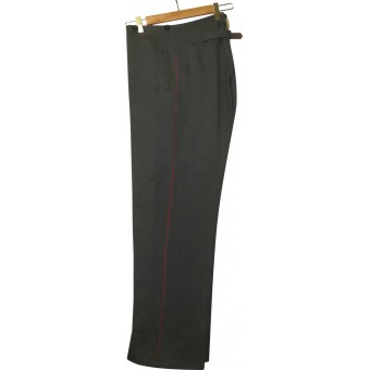 Parade/walkout trousers for a Wehrmacht artillery enlisted or officers personnel.. Espenlaub militaria