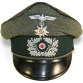 3rd Reich combat pioneer in Gebirgsjager regiment Alter-art visor hat.