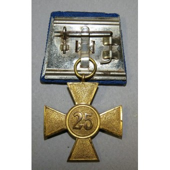 Long service cross - 40 years in the Wehrmacht, with golden oak leaves.. Espenlaub militaria