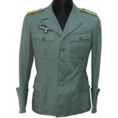 Private purchased light-weight tropical field blouse with insignia for a Nachrichten Leutnant (or Polizei)
