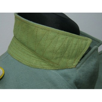 Private purchased light-weight tropical field blouse with insignia for a Nachrichten Leutnant (or Polizei). Espenlaub militaria