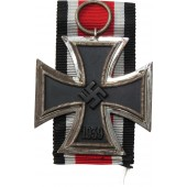 WW2 German Iron Cross, EK2, 1939, 2nd class - Julius Maurer