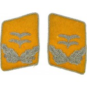 Luftwaffe oberleutnant yellow collar tabs, hand embroidered