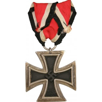 """3rd Reich Iron Cross, 2nd class, marked """"24"""" on the ring"""