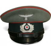 Wehrmacht's artillery lower ranks visor hat